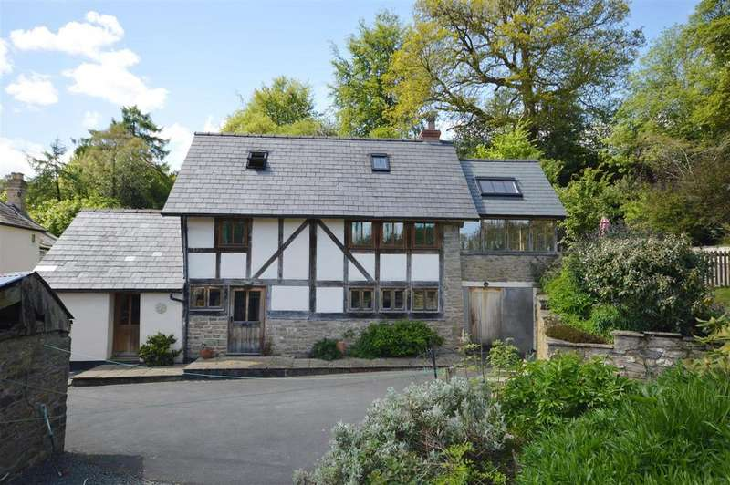 4 Bedrooms Detached House for sale in Crooked Well, Kington