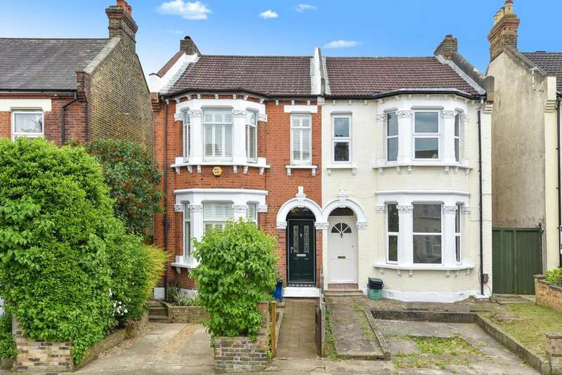 3 Bedrooms Semi Detached House for sale in Mackenzie Road, Beckenham