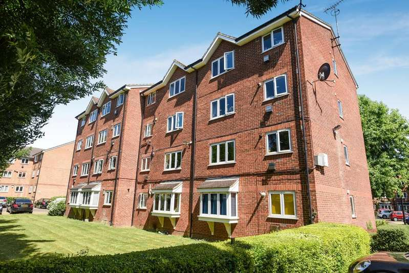 2 Bedrooms Flat for sale in Crosslet Vale London SE10