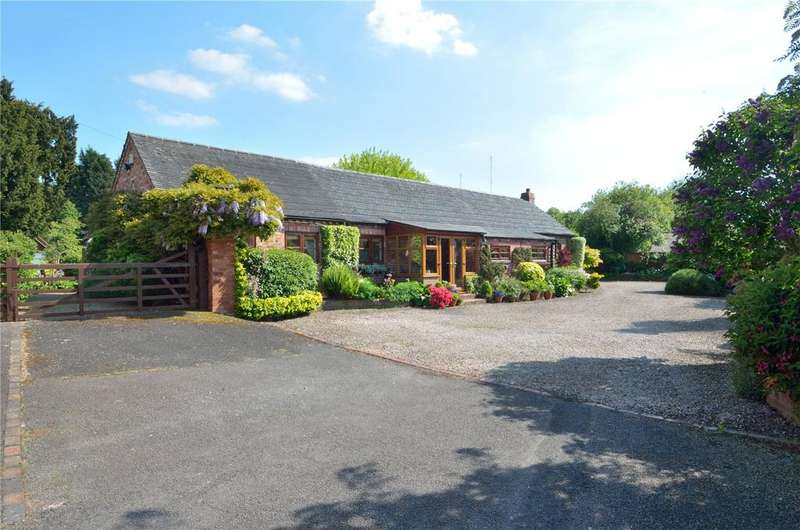 4 Bedrooms Barn Conversion Character Property for sale in Upton Warren