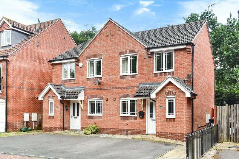 3 Bedrooms Semi Detached House for sale in Grandfield Way, North Hykeham, LN6