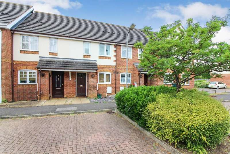 2 Bedrooms Terraced House for sale in Carnation Way, Aylesbury
