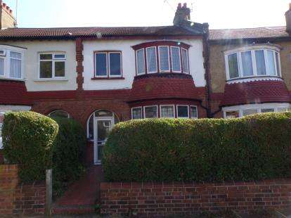 3 Bedrooms Terraced House for sale in Clifton Road, London