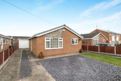 2 Bedrooms Bungalow for sale in Maes Isaf, Johnstown, Wrexham, Wrecsam, LL14