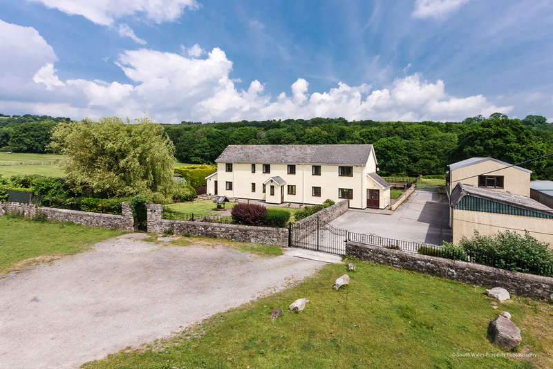 5 Bedrooms Detached House for sale in Well House Farm, 24 Ystrad Waun, Pencoed, Bridgend County Borough CF35 6PW