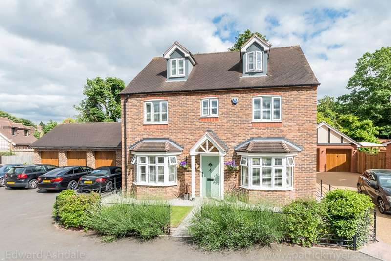 5 Bedrooms Detached House for sale in Manor Gate Lane, Wilmington