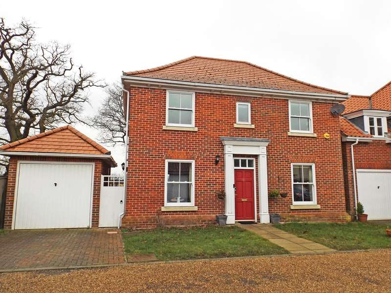 3 Bedrooms Detached House for sale in Old School Drive, Southwold, Suffolk, IP18