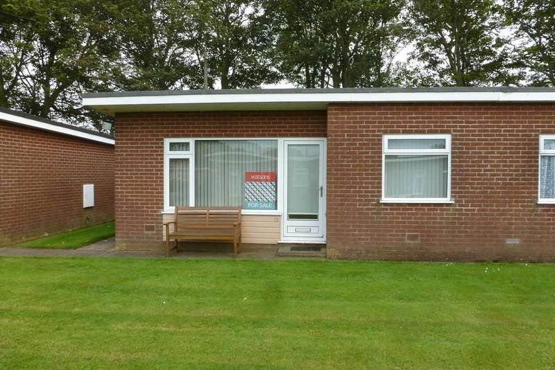 2 Bedrooms Semi Detached Bungalow for sale in Mundesley