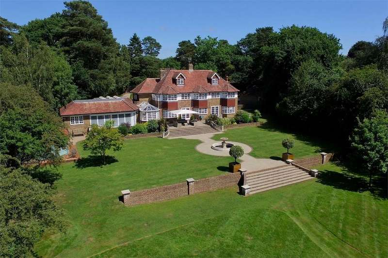 6 Bedrooms Detached House for sale in Horney Common, Uckfield, East Sussex