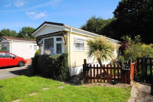 1 Bedroom Park Home Mobile Home for sale in King Edward Park, North Baddesley, Southampton