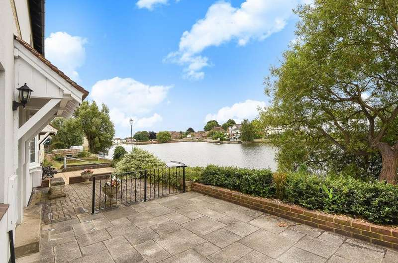 3 Bedrooms House for sale in Bridgefoot Path, Emsworth, PO10