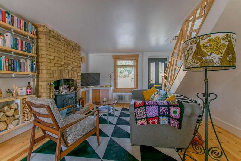 2 Bedrooms Terraced House for sale in High Street, Cottenham