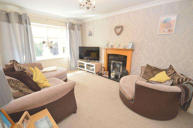 3 Bedrooms Semi Detached House for sale in Ireland Street, Widnes