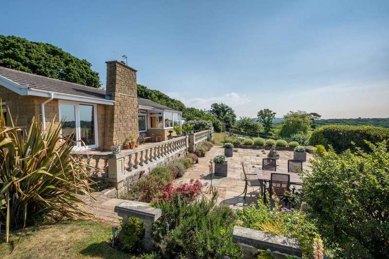 4 Bedrooms Detached Bungalow for sale in Alverstone, Isle Of Wight