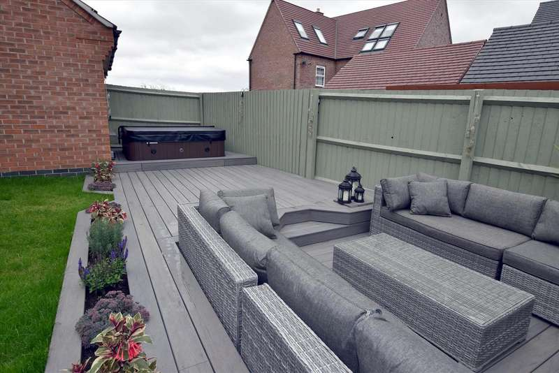 4 Bedrooms Property for sale in Woodroffe Way, East Leake, Loughborough