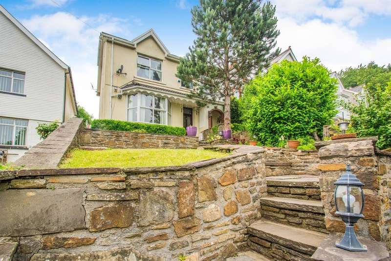 4 Bedrooms Semi Detached House for sale in Penrhys Road, Ystrad, Pentre
