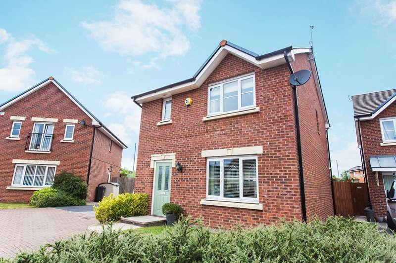 3 Bedrooms Detached House for sale in Horseshoe Drive, Buckshaw Village, Chorley, PR7