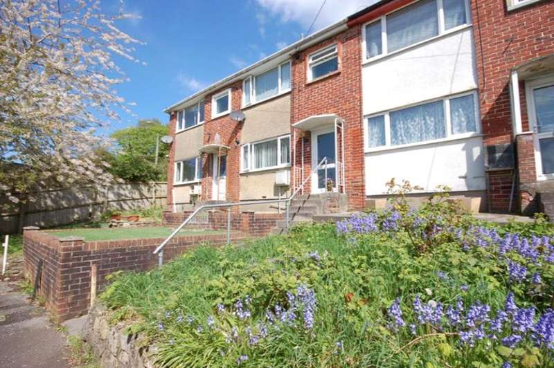 3 Bedrooms Property for sale in Orchard Gardens Kingswood Bristol BS15