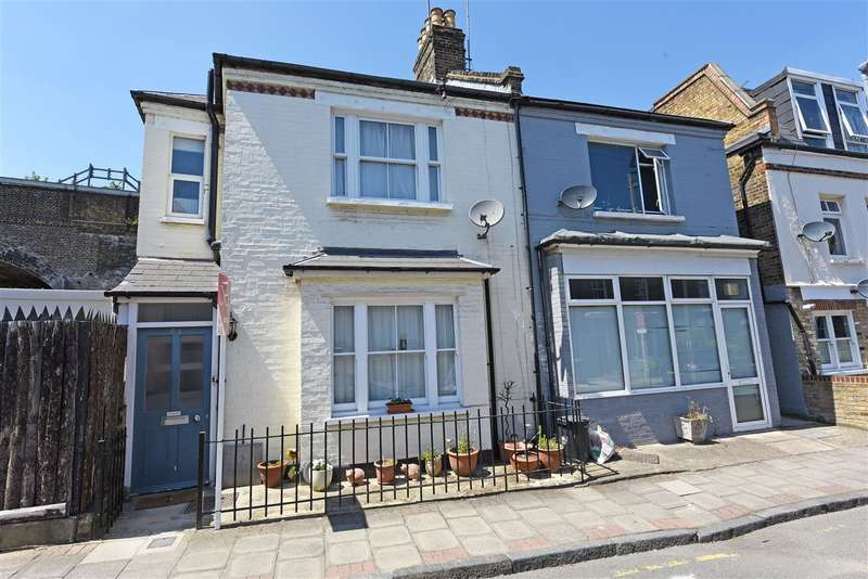 3 Bedrooms End Of Terrace House for sale in Wadham Road, Putney, Putney