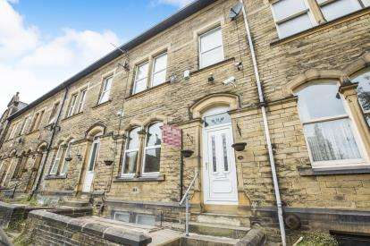 4 Bedrooms Terraced House for sale in Savile Park Road, Halifax, West Yorkshire