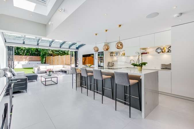 4 Bedrooms Semi Detached House for sale in Wolseley Gardens, Chiswick