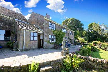 4 Bedrooms Detached House for sale in Quarnford, Buxton, Staffordshire