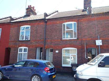 House for sale in Frederick Street, Luton, Bedfordshire, England