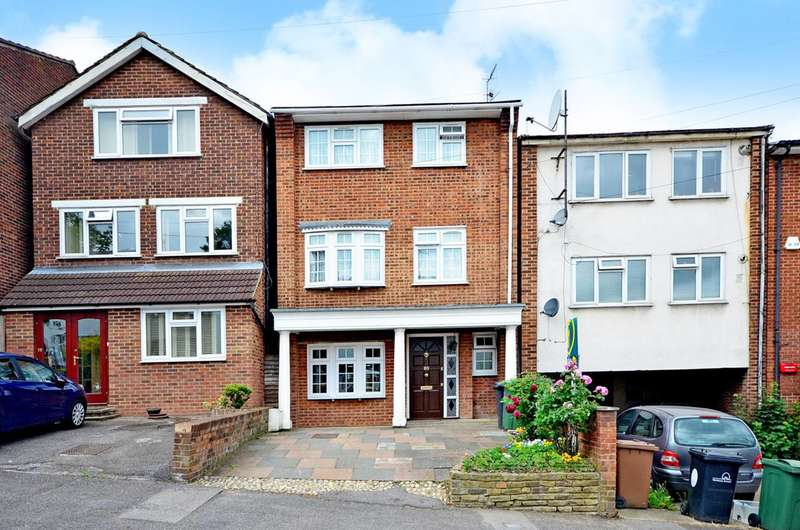 5 Bedrooms House for sale in Hurst Road, Walthamstow, E17