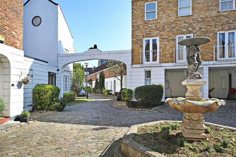 3 Bedrooms End Of Terrace House for sale in Robinscroft Mews, Greenwich, London, SE10