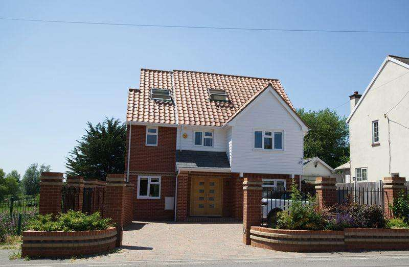 4 Bedrooms Detached House for sale in Spring Road, St Osyth, Essex