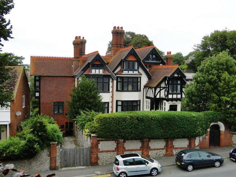 7 Bedrooms Detached House for sale in South Street, Brighton, BN41