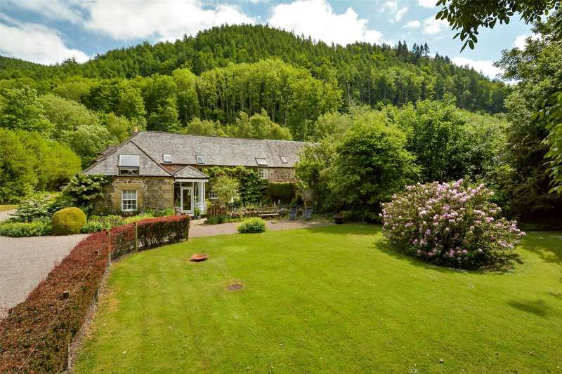 3 Bedrooms Semi Detached House for sale in Ayton Coach House, Aberargie, Perth, Perthshire, PH2