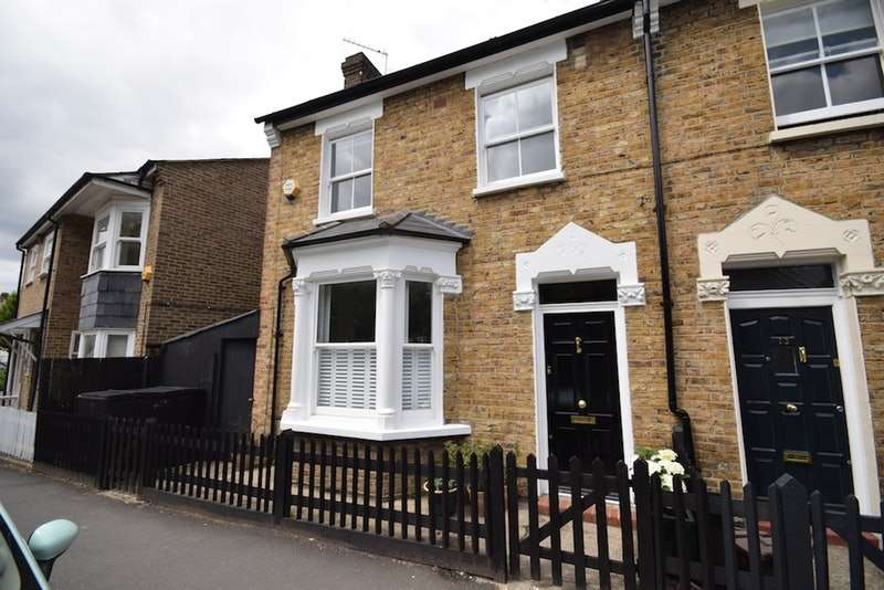 3 Bedrooms Terraced House for sale in Calton Avenue, London, London, SE21