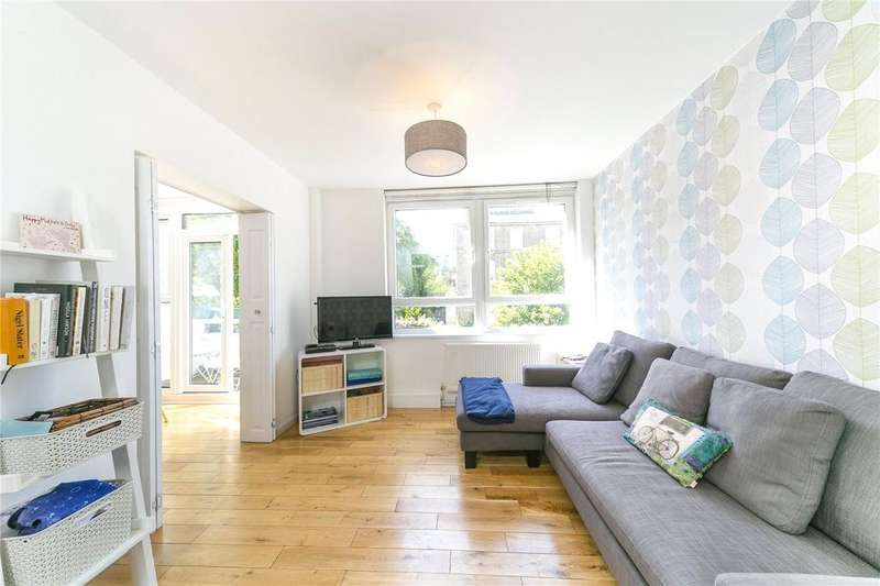 3 Bedrooms Flat for sale in Drakeley Court, Aubert Park, London, N5