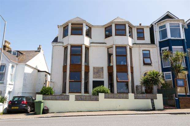 7 Bedrooms Commercial Property for sale in Tower Road, Newquay, Cornwall