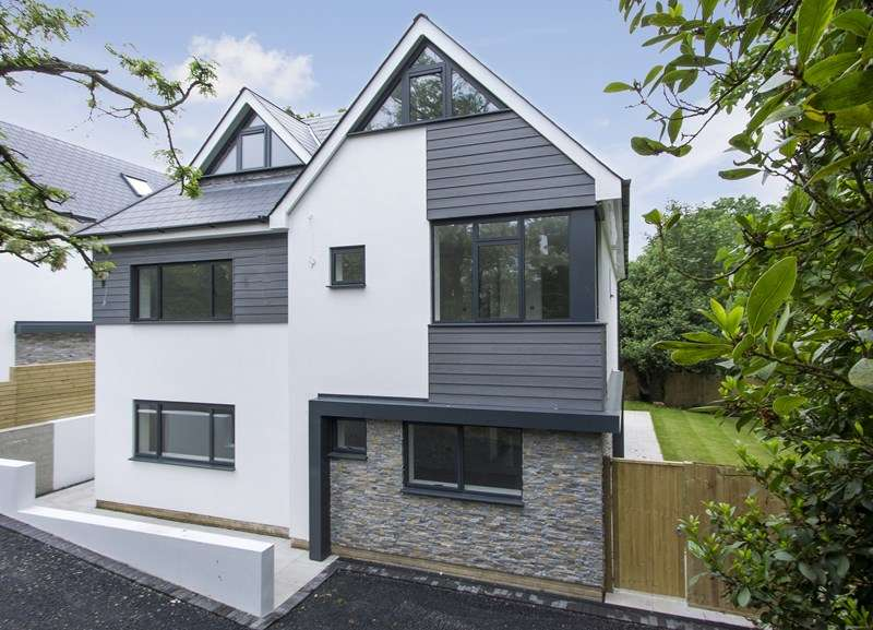 4 Bedrooms Semi Detached House for sale in Danecourt Road, Lower Parkstone, Poole