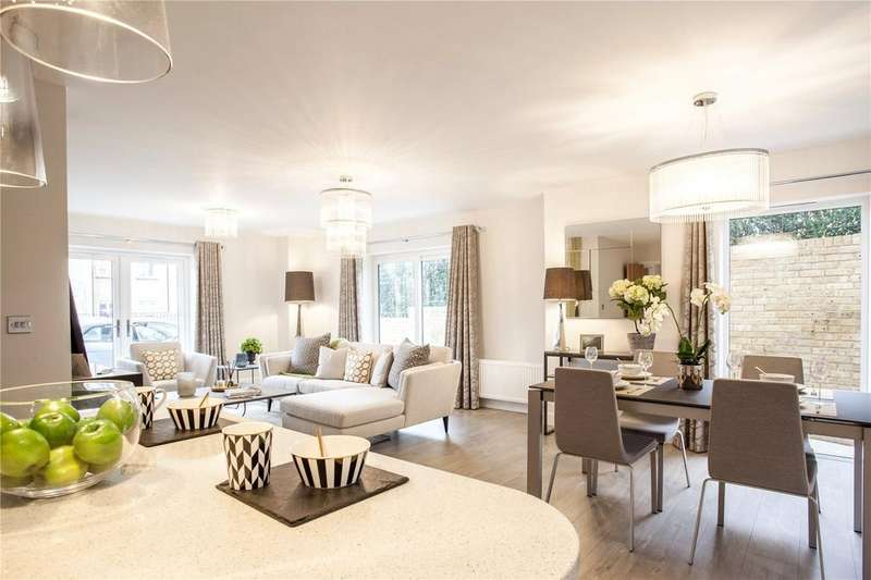 2 Bedrooms Flat for sale in Plot 7 Hamilton Place, Clarendon Way, Colchester, CO1