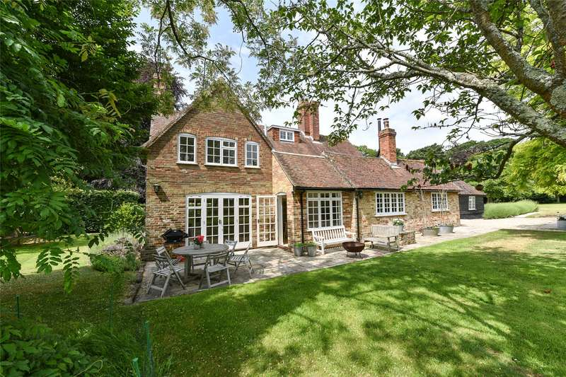 5 Bedrooms Detached House for sale in Sowley Lane, East End, Lymington, Hampshire, SO41