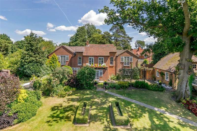 5 Bedrooms Detached House for sale in St. Marks Road, Binfield, Bracknell, Berkshire, RG42