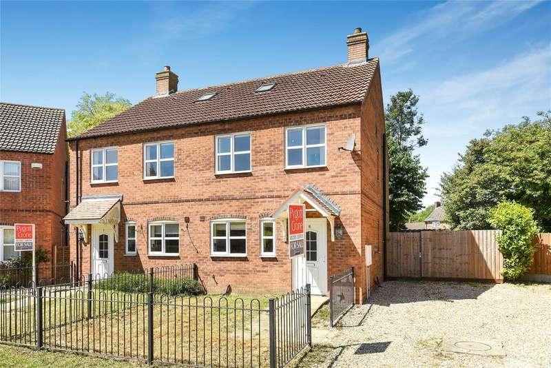 3 Bedrooms Semi Detached House for sale in Aaron Way, Kirton, PE20