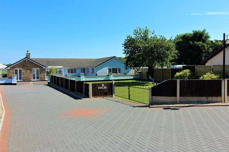 4 Bedrooms Detached Bungalow for sale in Tan Lan, Holywell
