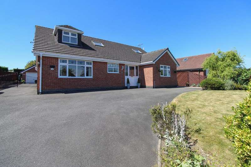 4 Bedrooms Detached Bungalow for sale in Mansfield Road, Chesterfield