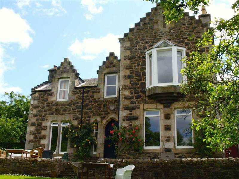 3 Bedrooms Detached House for sale in Kirk Road, Newport On Tay