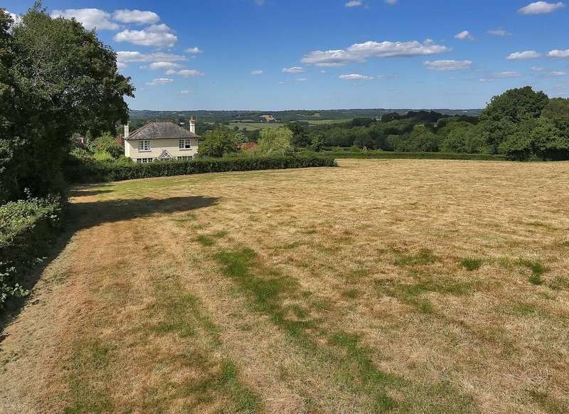 4 Bedrooms Country House Character Property for sale in Broad Oak, Heathfield TN21