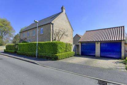 4 Bedrooms Detached House for sale in Teversham, Cambridge, Cambridgeshire