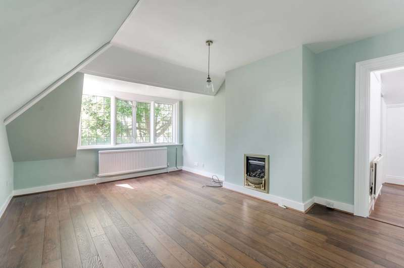 3 Bedrooms Flat for sale in Akehurst Street, Putney, SW15