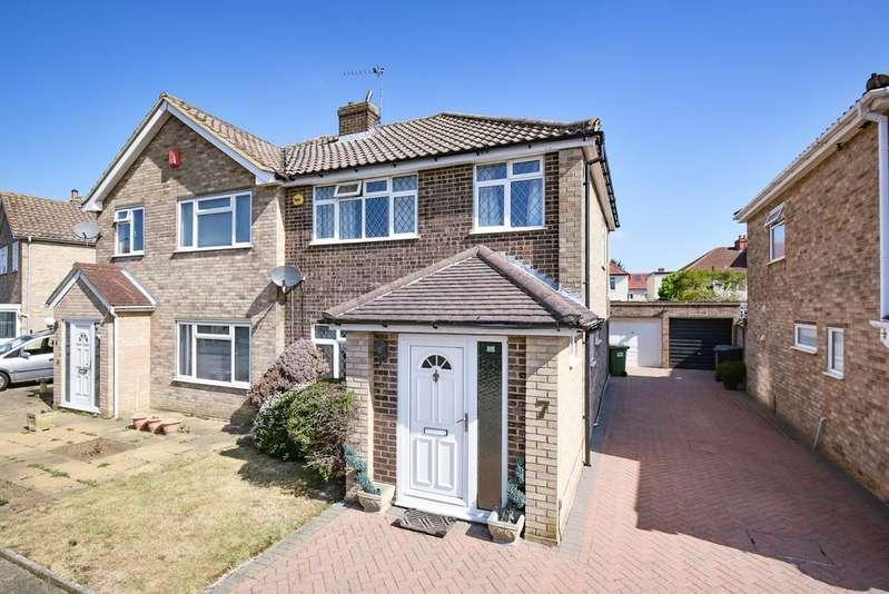 3 Bedrooms Semi Detached House for sale in Askern Close Bexleyheath DA6