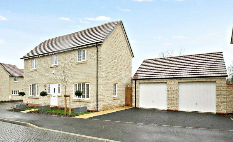 4 Bedrooms Detached House for sale in The Carriages, Chinnor, Oxon, OX39