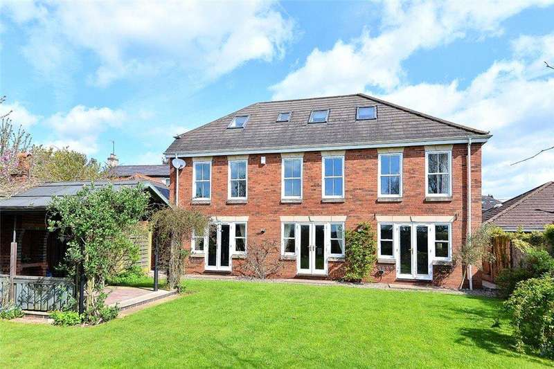 5 Bedrooms Detached House for sale in Fairfield Lane, Kidderminster, DY11