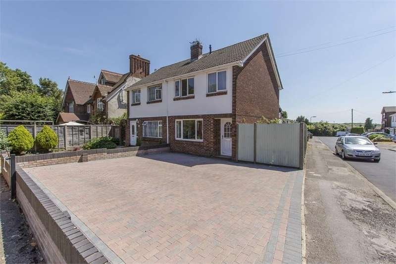 3 Bedrooms Detached House for sale in Simon Way, Thornhill Park, Southampton, Hampshire